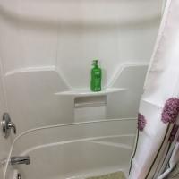 Cloverleaf-Shower