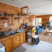 Cloverleaf Cabin Dining Area