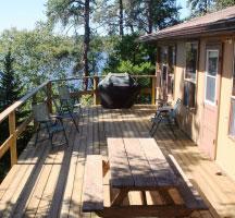 cloverleaf-island-cabin-porch